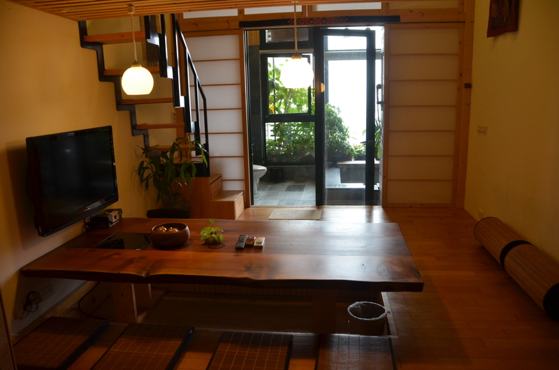 Room with private hotspring!